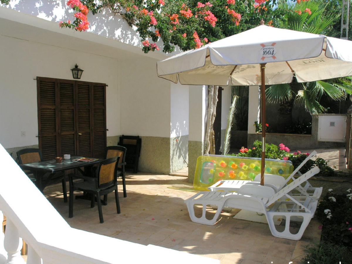 ferienwohnung terrassa spanien ballearen mallorca. Black Bedroom Furniture Sets. Home Design Ideas