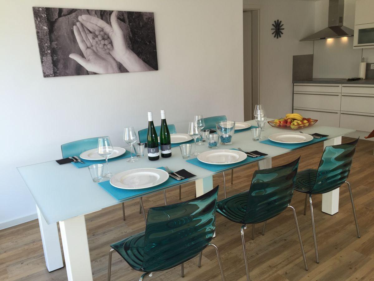 ferienwohnung weingut luxus aparthotel olinger mehring. Black Bedroom Furniture Sets. Home Design Ideas