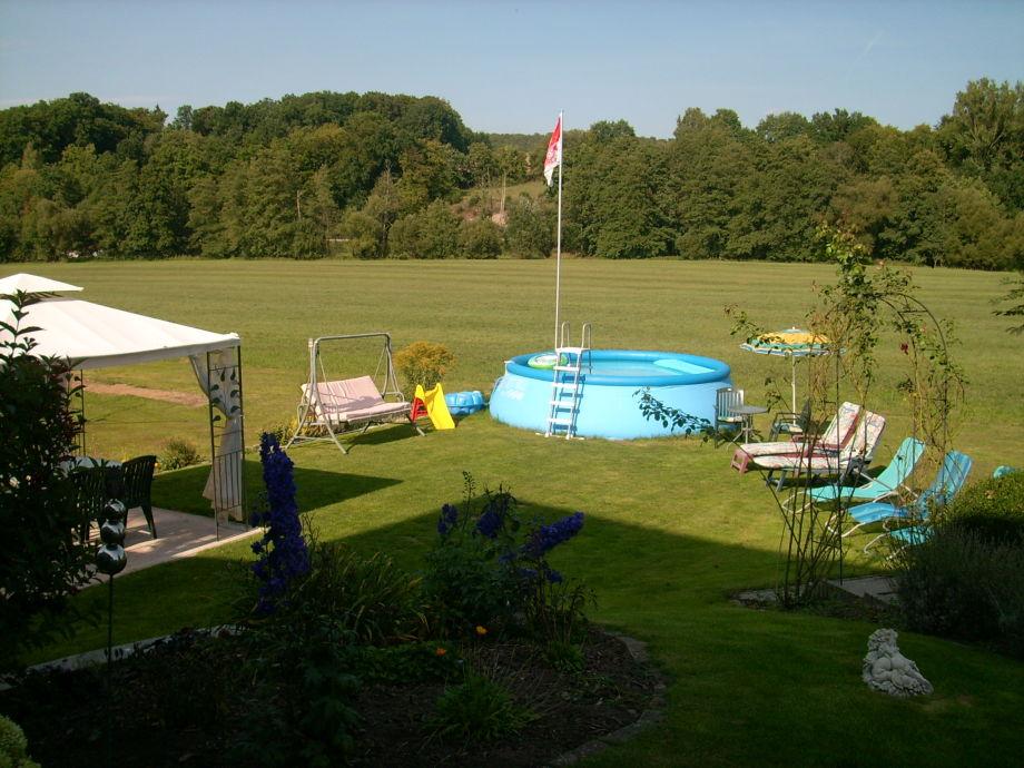 Garten mit Pavillion,Pool u.Liegewiese