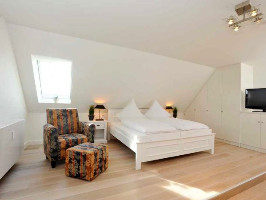 ferienwohnung viktoria residenz appartement 16 westerland sylt nordsee firma gb sylt gmbh. Black Bedroom Furniture Sets. Home Design Ideas
