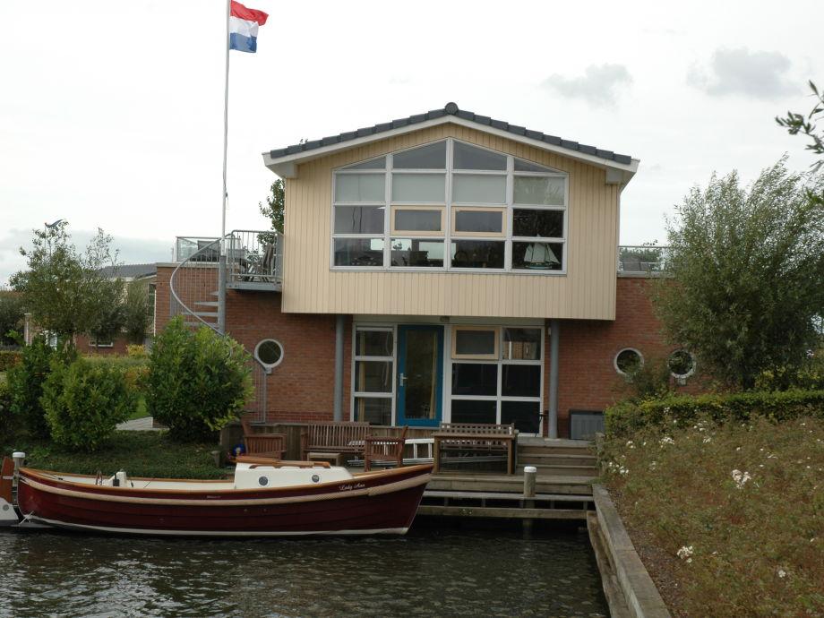 Villa Lisdodde 1 mit Anledeplatz