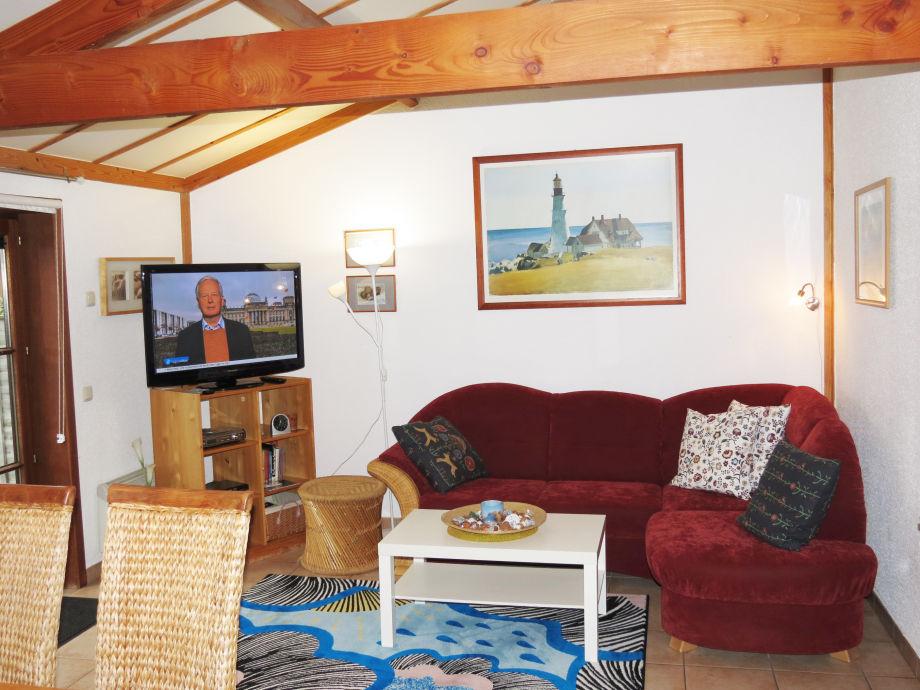 Sitzgruppe/Wohnzimmer mit großem Flachbildschirm