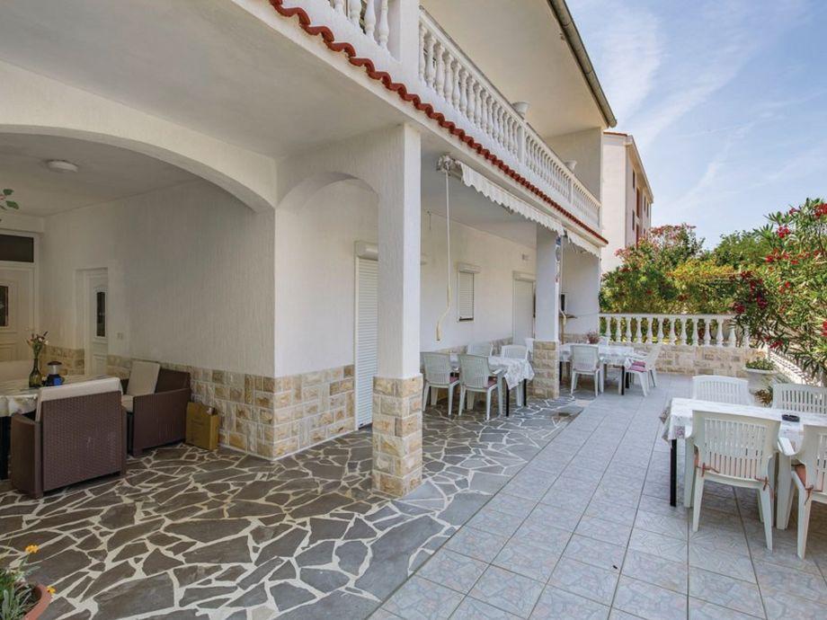 Wohnung hat 3 Terrassen