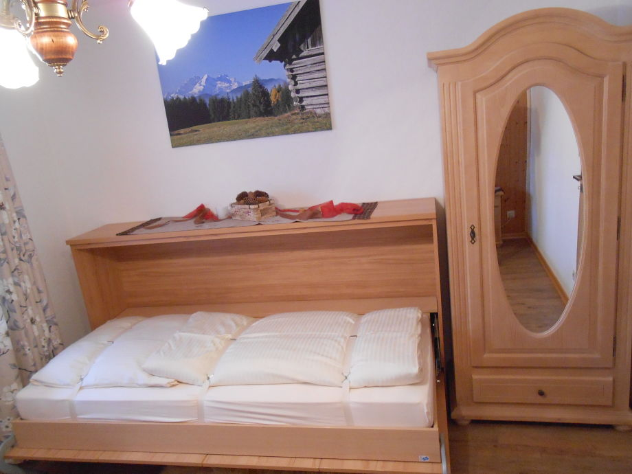 ferienwohnung viererspitzblick oberbayern alpenwelt karwendel mittenwald firma mm. Black Bedroom Furniture Sets. Home Design Ideas