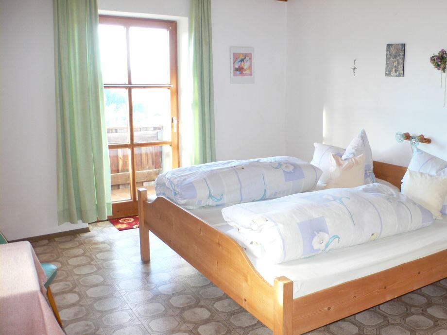 bauernhof veit sepp hof ferienzimmer doppelzimmer 2 bayrischer wald frau rosina geiger. Black Bedroom Furniture Sets. Home Design Ideas
