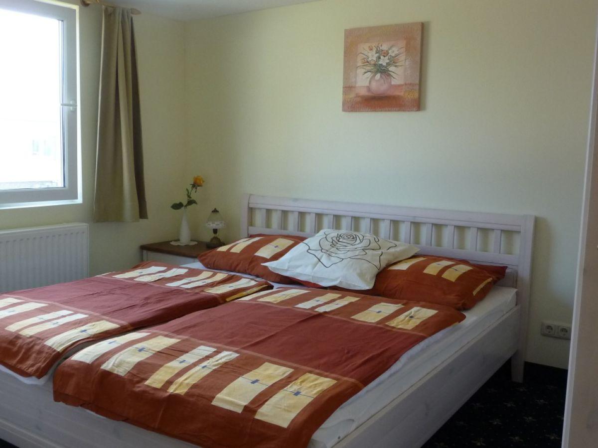 ferienhaus erlebnisurlaub am und auf dem wasser d50. Black Bedroom Furniture Sets. Home Design Ideas