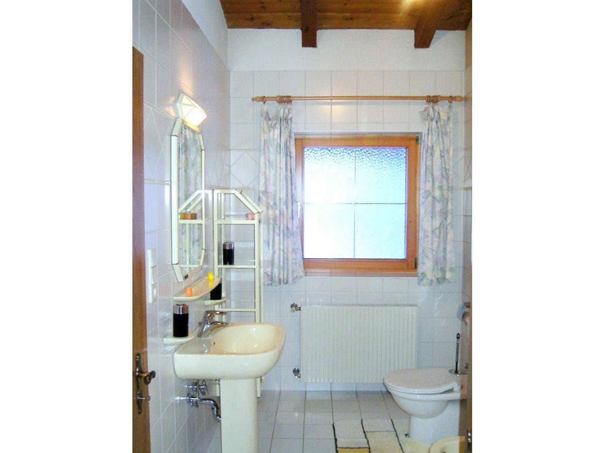 ferienwohnung evelyn kneisl s lden firma ferienwohnung evelyn kneisl frau evelyn kneisl. Black Bedroom Furniture Sets. Home Design Ideas