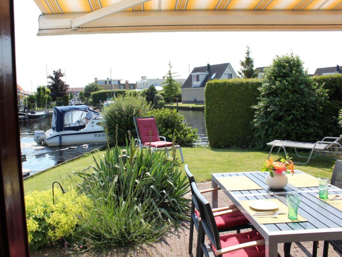 bungalow 109 aquaronde ijsselmeer lemmer firma marinapark lemmer bv herr klaus b hner. Black Bedroom Furniture Sets. Home Design Ideas