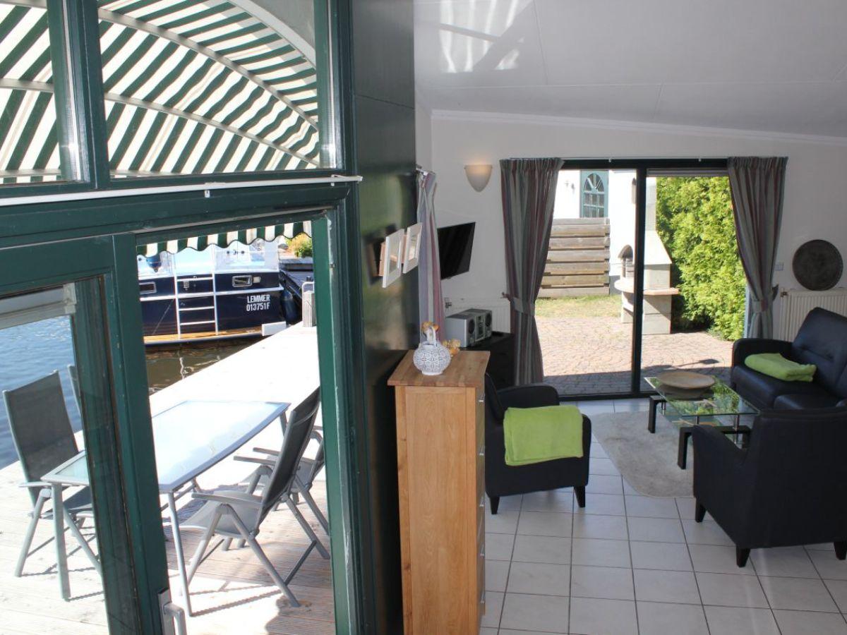 bungalow- und bootvermietung - 113 aquaronde -, lemmer, firma
