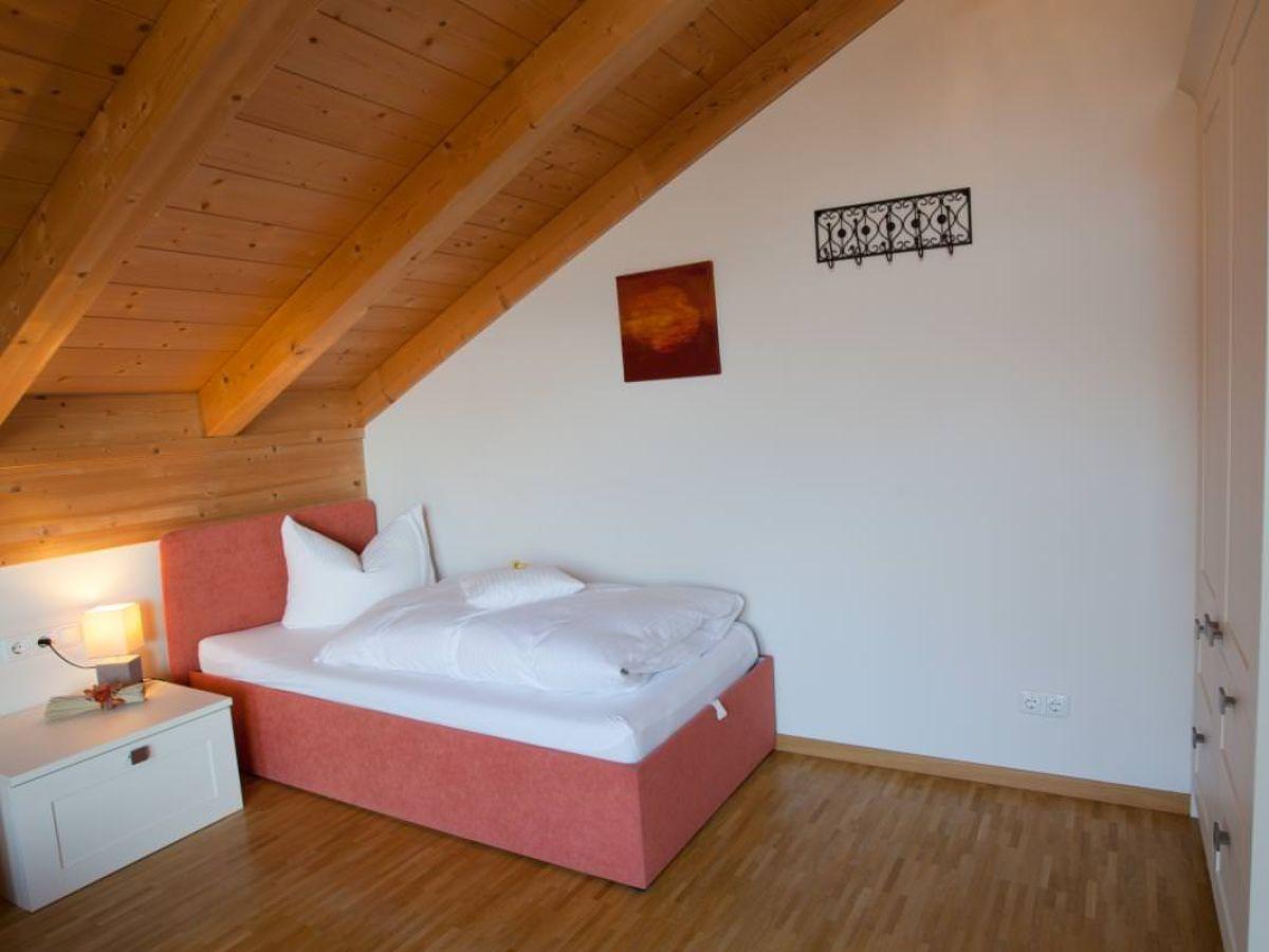 ferienwohnung rundblick zugspitzland garmisch partenkirchen farchant firma mahr gmbh. Black Bedroom Furniture Sets. Home Design Ideas