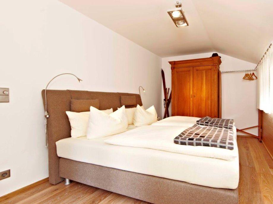 ferienwohnung alpen loggia zugspitzland garmisch partenkirchen firma mahr gmbh. Black Bedroom Furniture Sets. Home Design Ideas