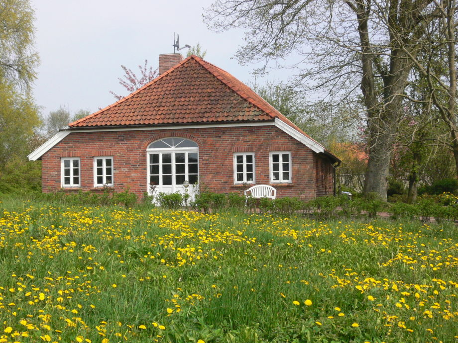 Außenaufnahme -wonderfully restored country house