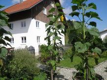 """Ferienwohnung Burghof """"Sylvia"""""""