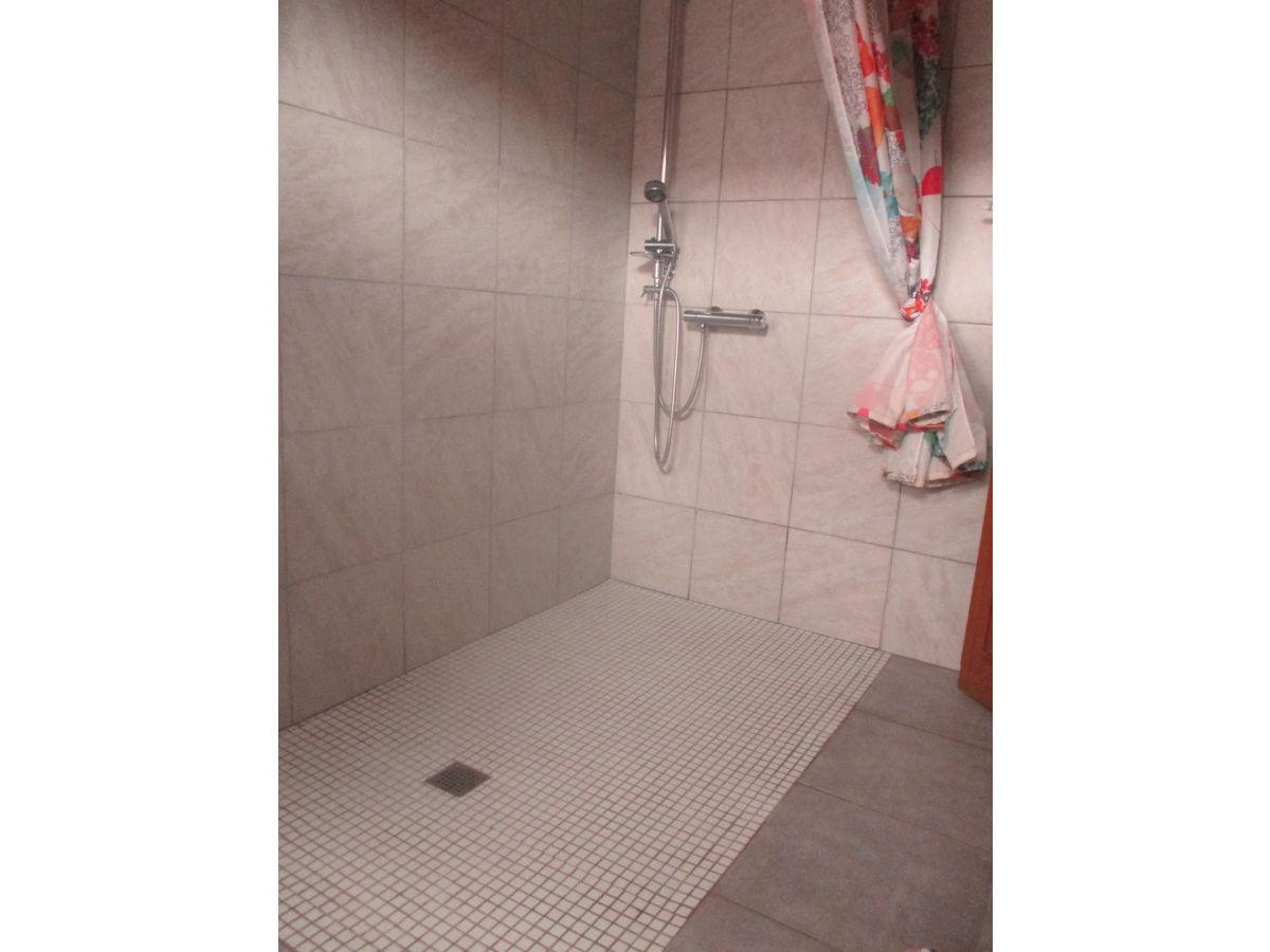bio weingut klur ferienwohnung chez mamie katzenthal frau francine klur. Black Bedroom Furniture Sets. Home Design Ideas