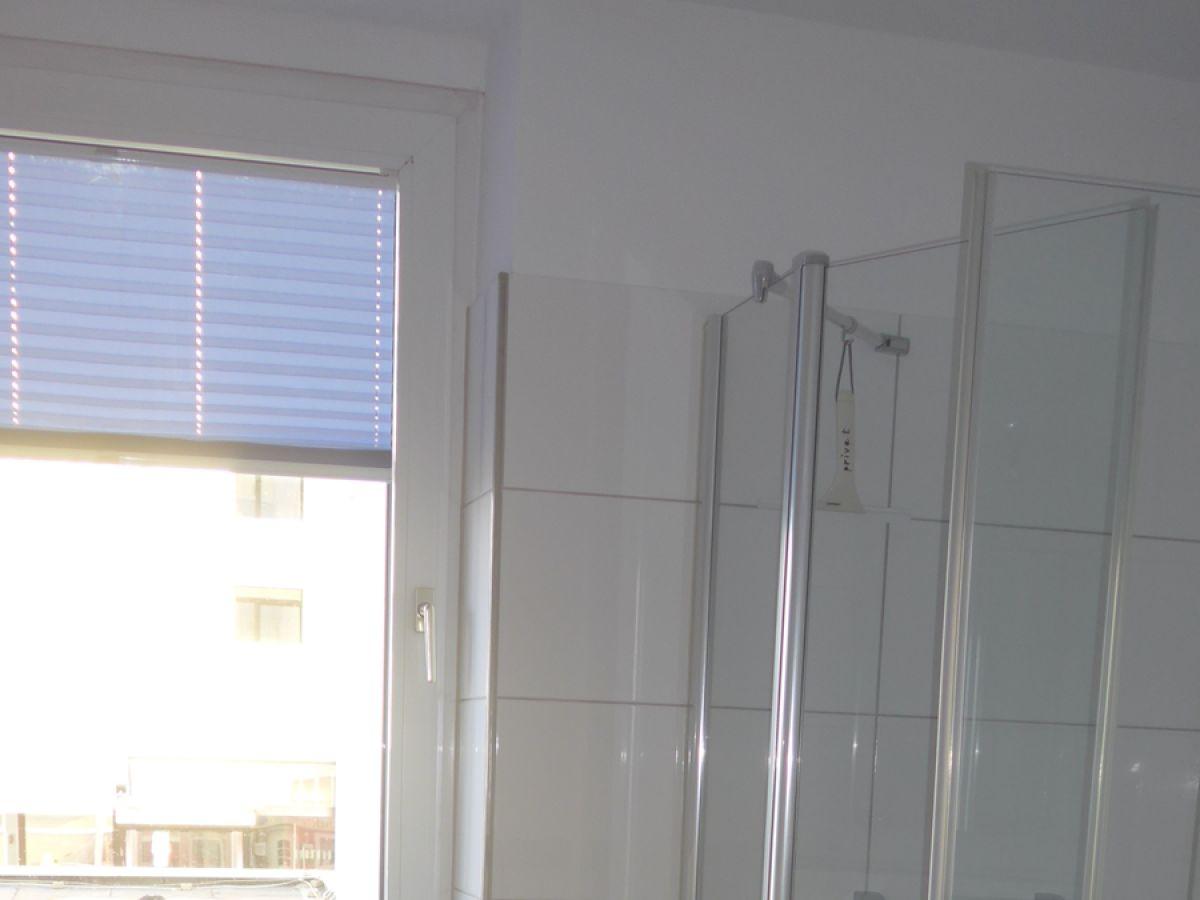 Dusche Direkt Vor Dem Fenster : Ferienwohnung 10 – FeWo mit Meerblick – Westbalkon – Haus Seeblick