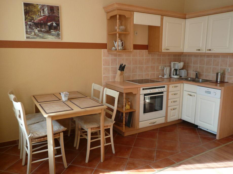Küche/Esstisch im Wohnzimmer