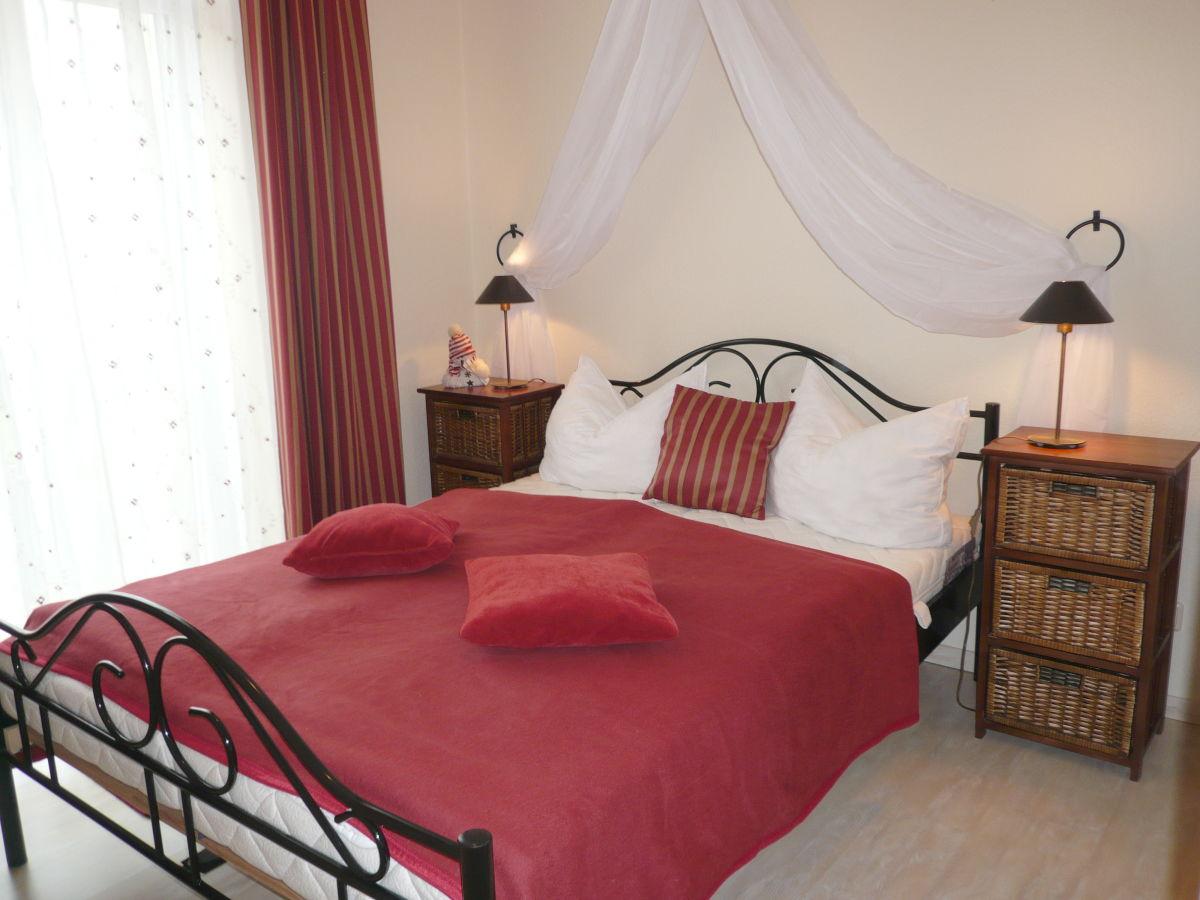 Ferienwohnung Rote Rose 1 Schlafzimmer Stadtappartmenthaus