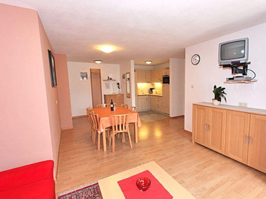 ferienwohnung parterre im haus m hlegg ahrntal familie olga innerbichler. Black Bedroom Furniture Sets. Home Design Ideas