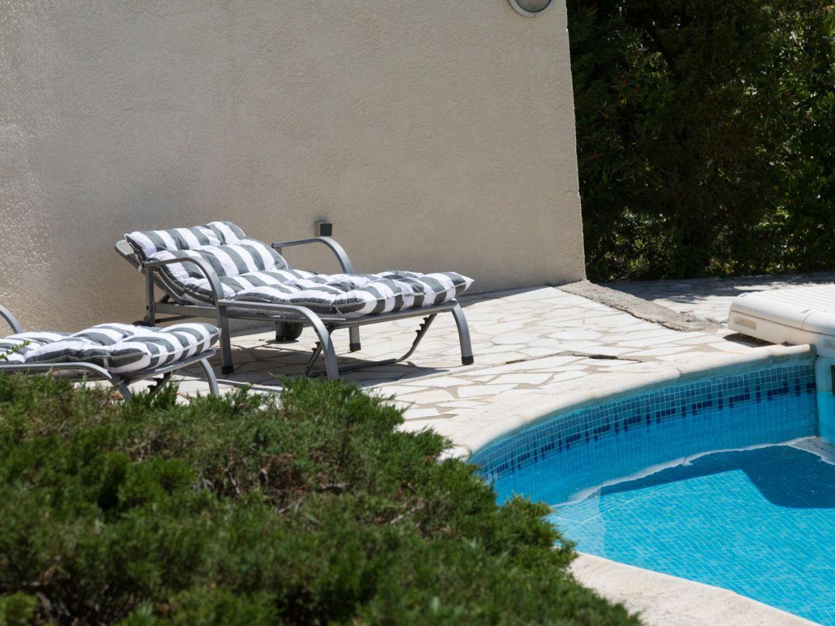 villa 103 chez le pic languedoc roussillon beaufort h rault firma kuypers verhuur toutes. Black Bedroom Furniture Sets. Home Design Ideas