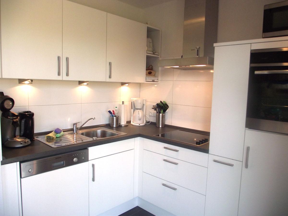 ferienwohnung seestern norden norddeich firma immobilien verwaltungs service folkerts frau. Black Bedroom Furniture Sets. Home Design Ideas