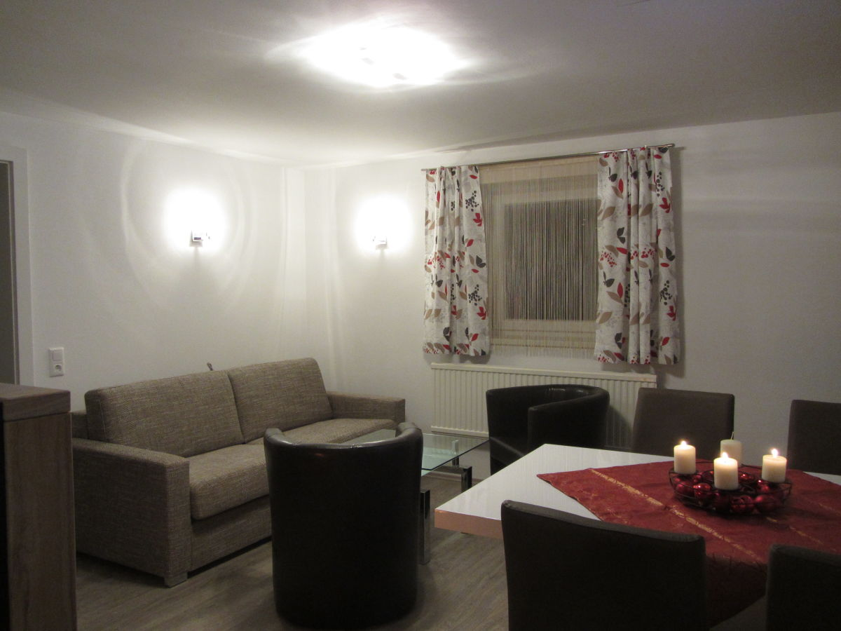 Drei br der apartment 3 zell am see family eckelhart for Living room zell am see
