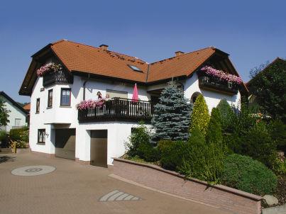 Gemütliche Ferienwohnung mit großem überdachten Balkon