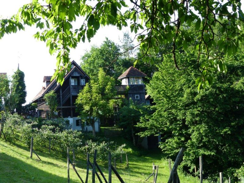 Ferienwohnung Der Höller- Dachwohnung mit Turm