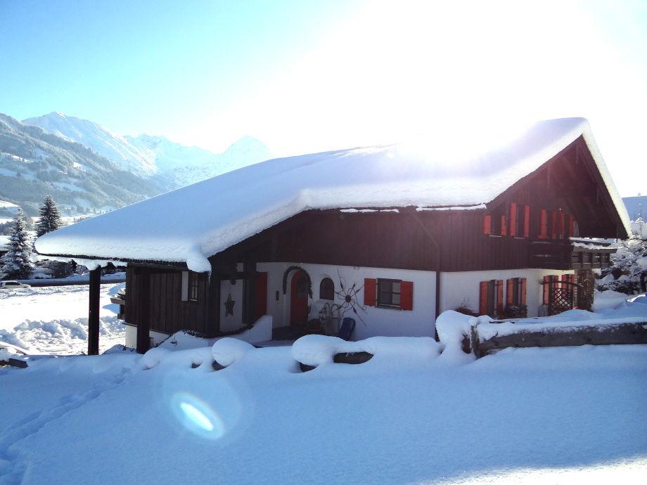 Haus Schmidbauer mit Blick auf das Rubihorn