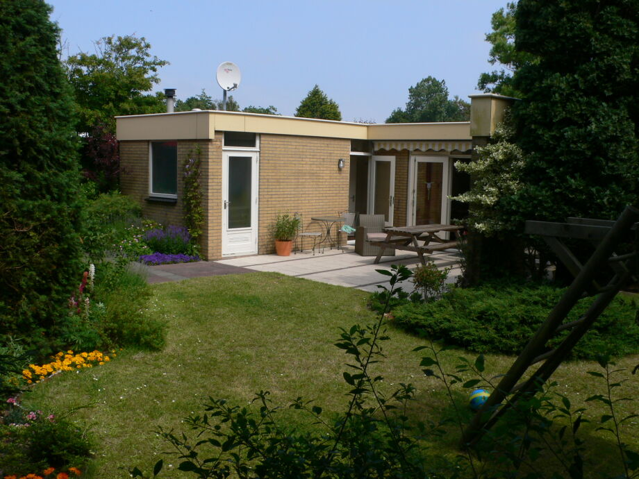 Bungalow Ouddorp Goeree-Overflakee - ZH003