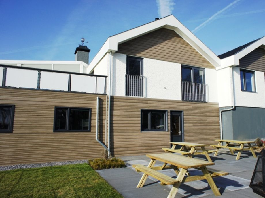 ferienhaus mit sauna und schwimmbad zh019 s d holland dordrecht firma. Black Bedroom Furniture Sets. Home Design Ideas