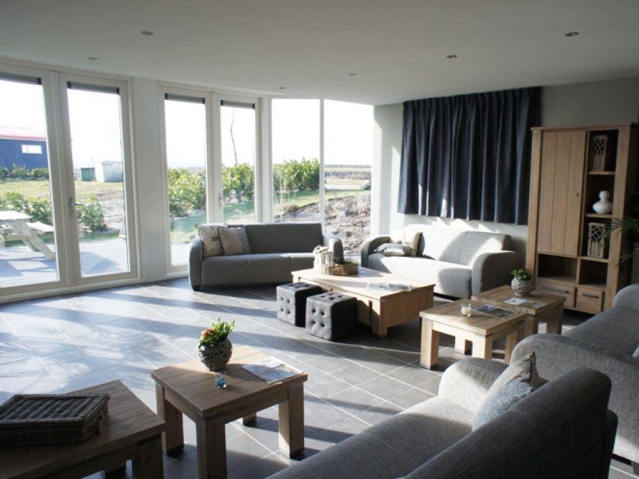 Ferienhaus dordrecht grosse luxuri se gruppenunterkunft for Modern eingerichtete wohnzimmer