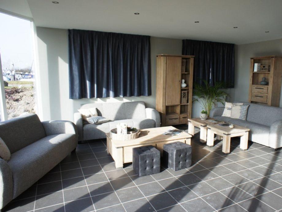 Design : Traum Wohnzimmer Rustikal ~ Inspirierende Bilder Von ... Villa Wohnzimmer Modern