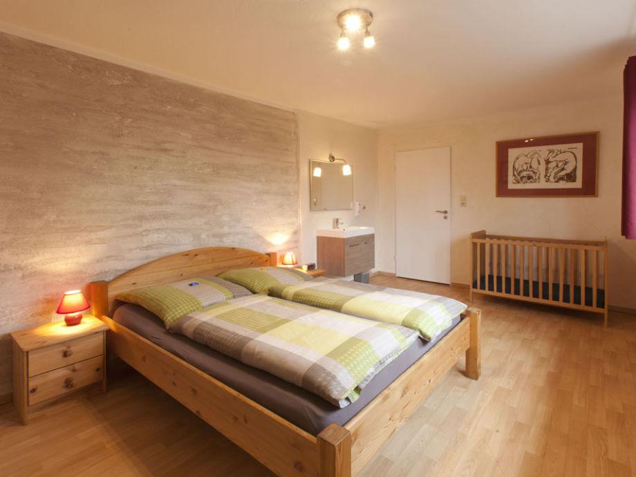 1 von 6 Schlafzimmer