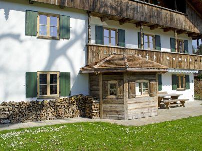 """Waldschütz auf dem Bauernhof """"Beim Hölzl"""""""