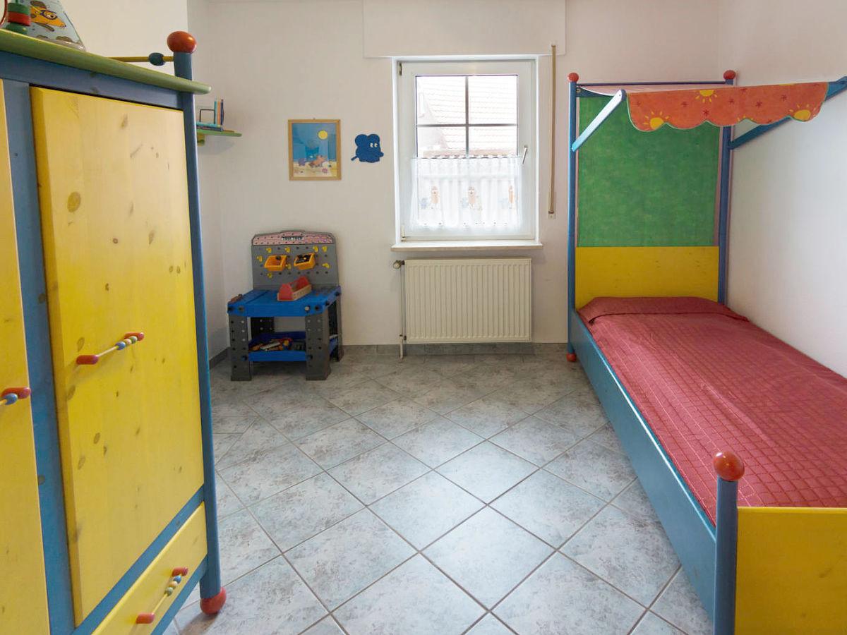 Ferienhaus deichl ufer nordseek ste norddeich firma for Kinderzimmer jasmin