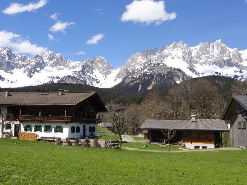 Holzferienhaus beim Bauernhof