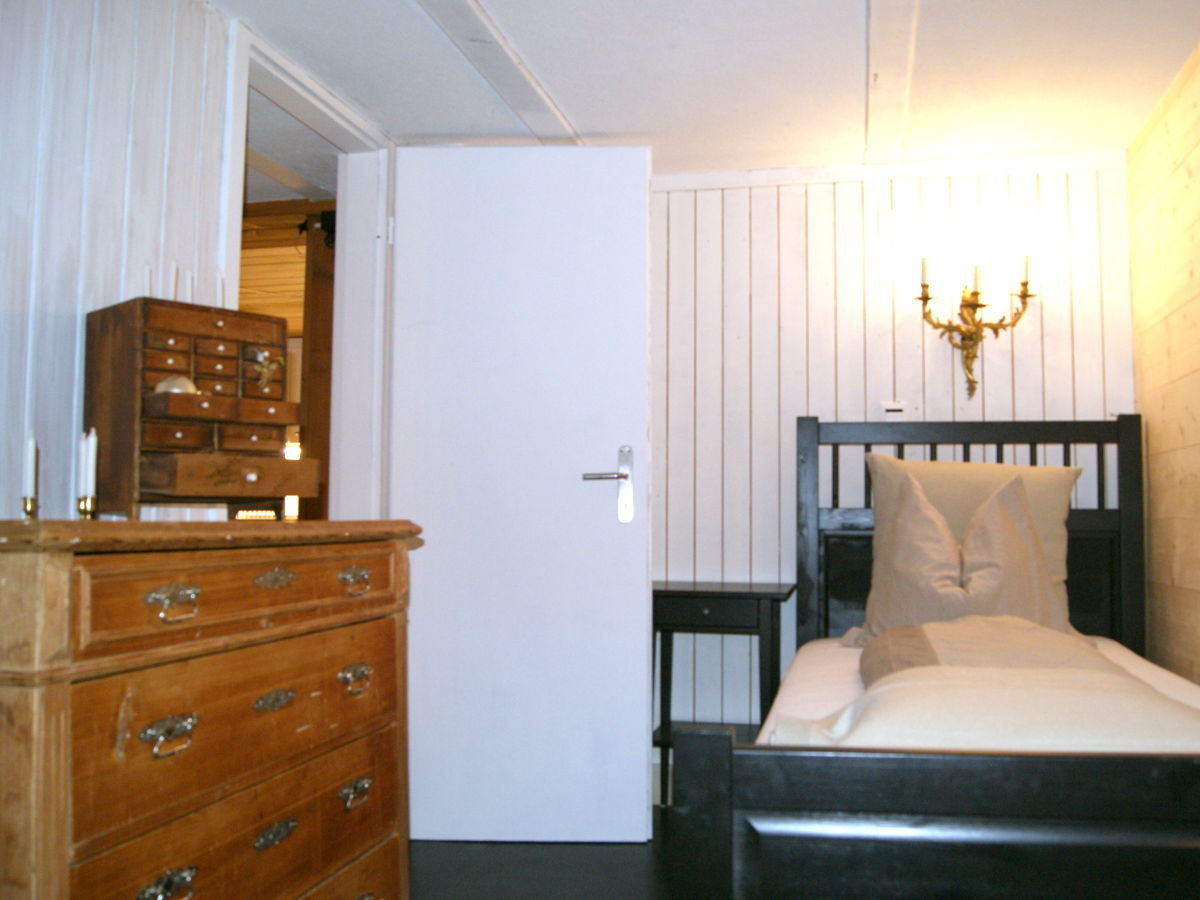 ferienwohnung uf em samet grindelwald berner oberland frau sandra borra. Black Bedroom Furniture Sets. Home Design Ideas