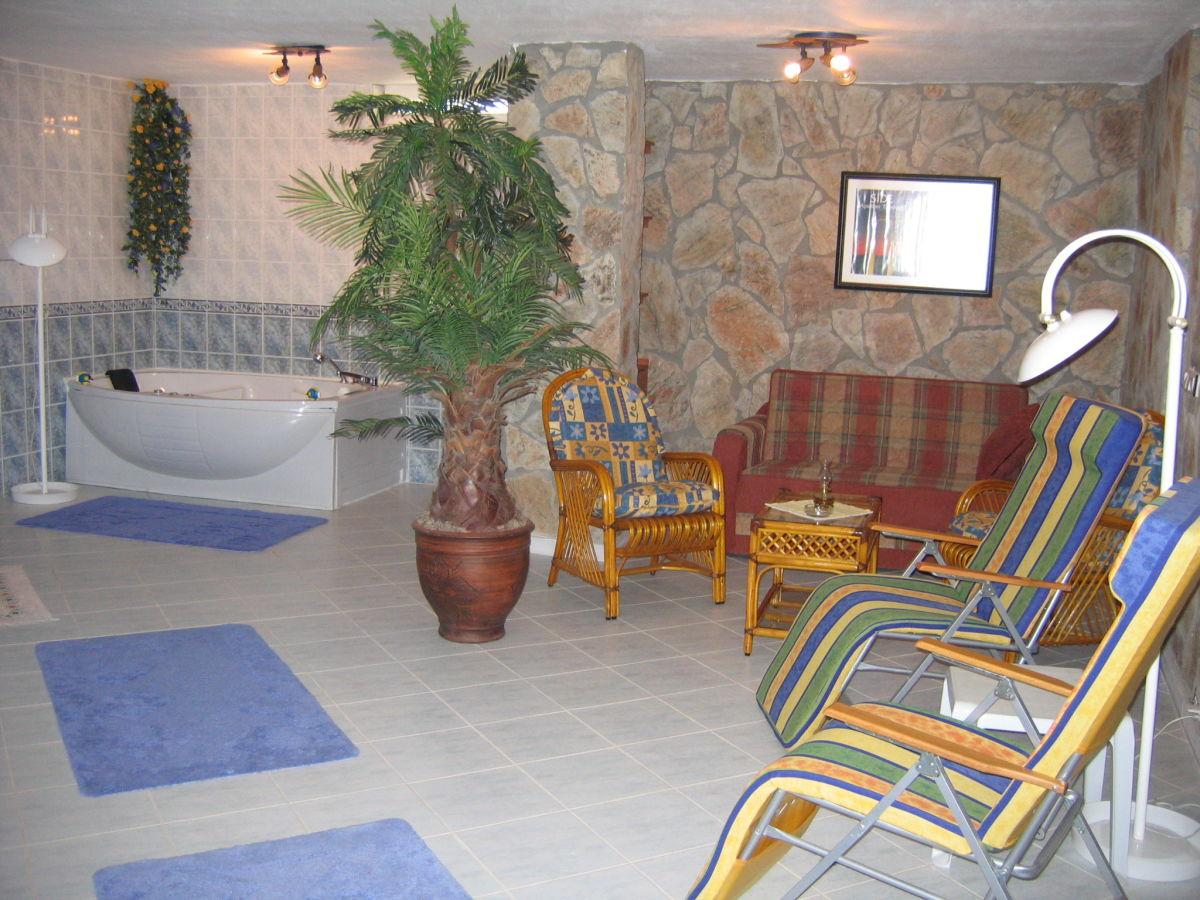 Ferienhaus exklusiv sauna whirlpool gerne kind hund t rkische riviera side manavgat - Whirlpool keller ...
