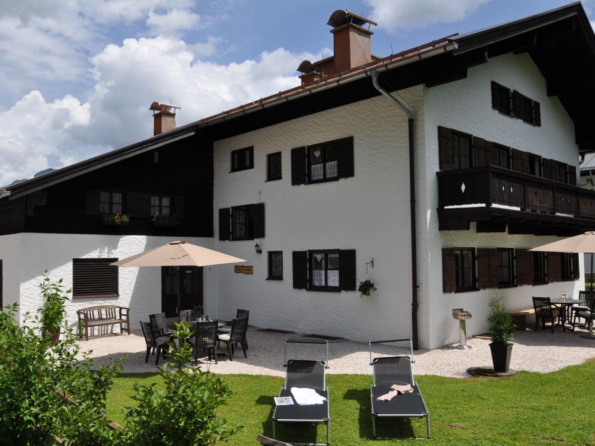 Ferienwohnung Forsthaus Reit im Winkl - EG, Reit im Winkl, Frau ...