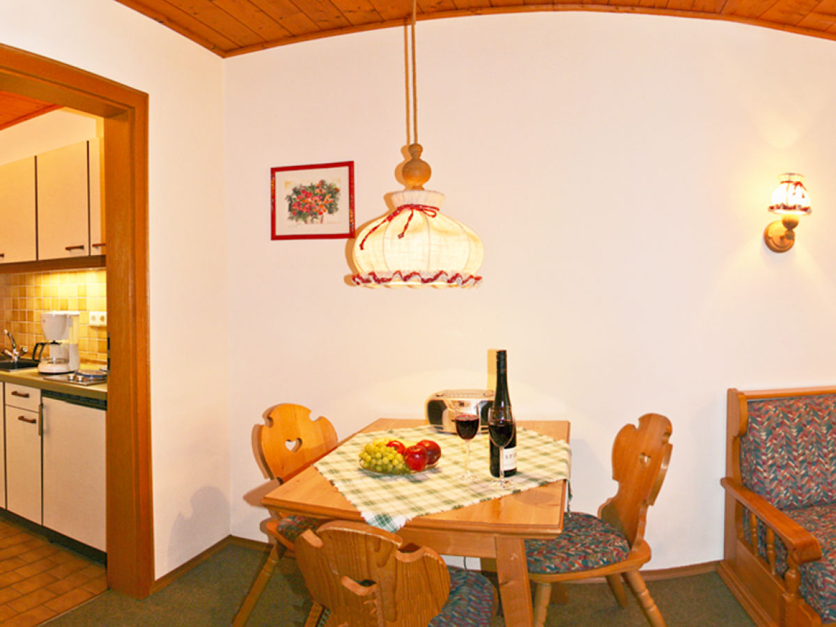 ferienwohnung haus waidmannsruh ruhpolding chiemgau frau waltraud kotz. Black Bedroom Furniture Sets. Home Design Ideas