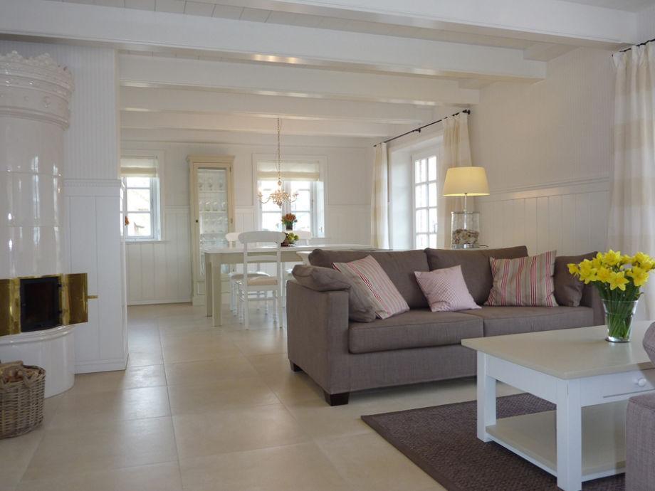 ohrensessel modern exklusiv neuesten design kollektionen f r die familien. Black Bedroom Furniture Sets. Home Design Ideas