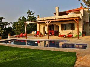 Villa LaMori