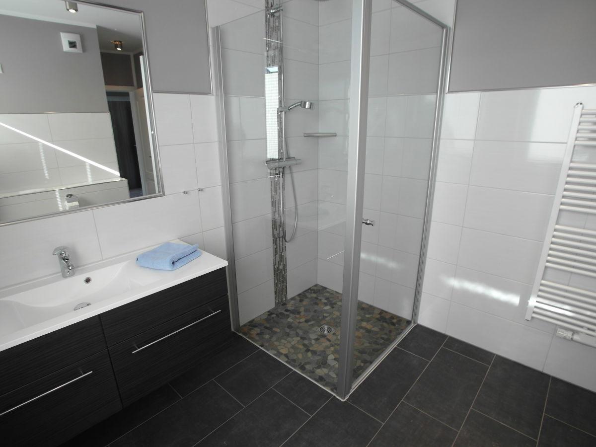 ferienhaus casa bonita mecklenburgische seenplatte herr. Black Bedroom Furniture Sets. Home Design Ideas