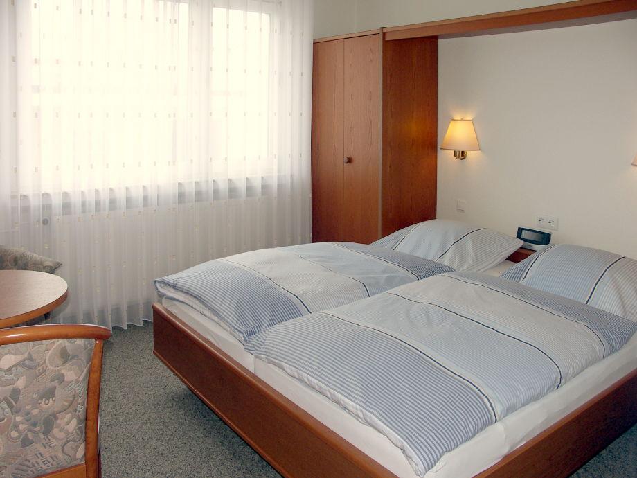 ferienwohnung haus kleeblatt wohnung 2 norderney firma haus kleeblatt herr arno trost. Black Bedroom Furniture Sets. Home Design Ideas