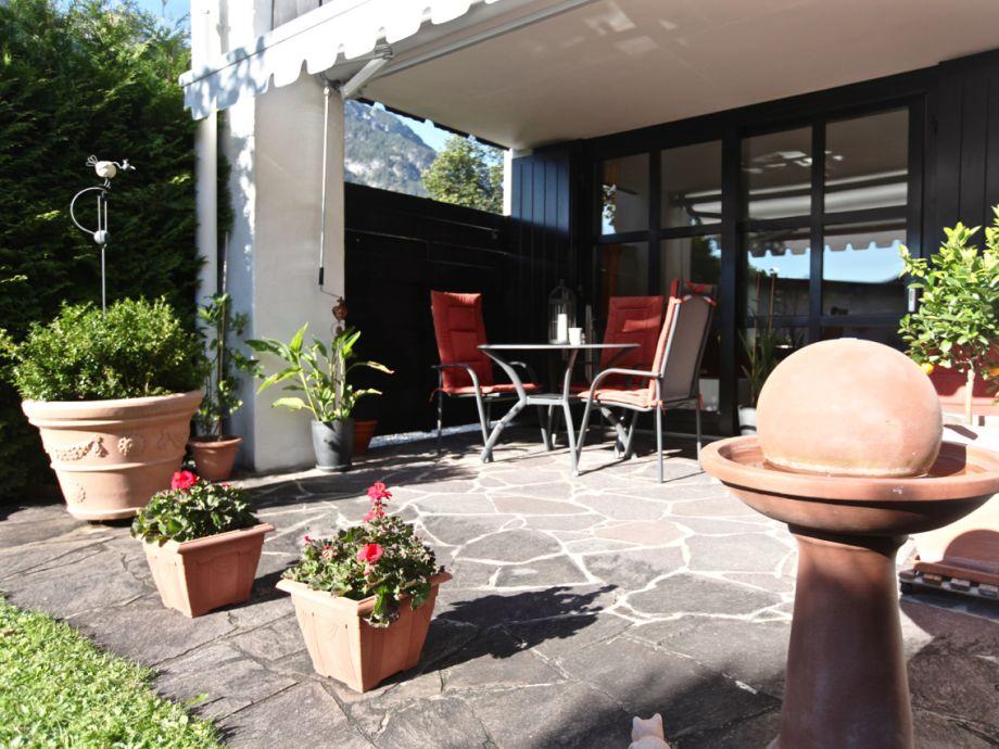Terrasse für die Sonnenstunden