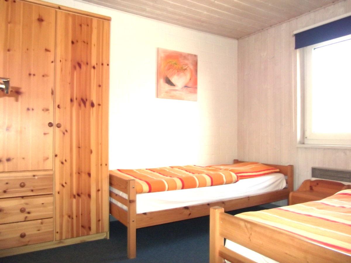 Ferienhaus reiher mecklenburgische seenplatte am m ritz for Kinderzimmer mit 2 betten