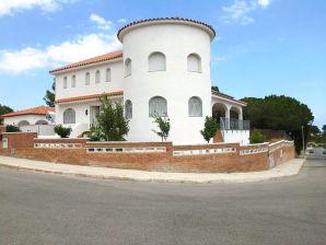 Villa Gerania mit Pool