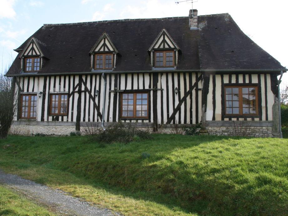 Schönes Fachwerkhaus (ehemals eine Apfelpresse)