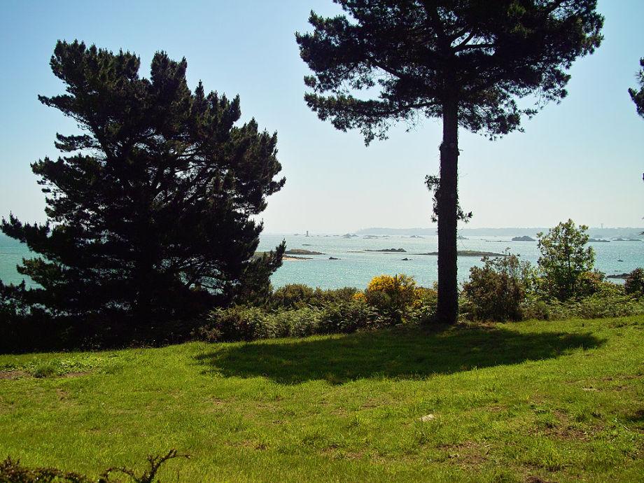 Schöner Meerblick vom Haus und vom Garten