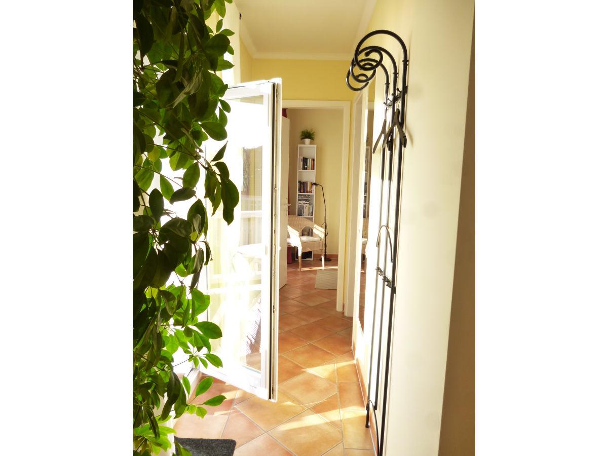 ferienwohnung app haus strandstr 14 we 14 k hlungsborn ost firma take ferienwohnungen. Black Bedroom Furniture Sets. Home Design Ideas